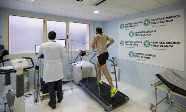 La prueba de esfuerzo no descarta al 100% el riesgo de infarto en deportistas de élite, según una especialista