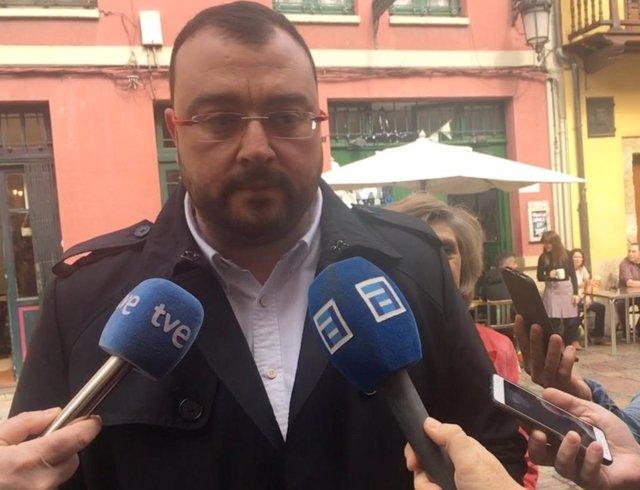 """28A.- Barbón (FSA) rechaza un """"sumatorio de las derechas teledirigido por la extrema derecha"""" en Asturias y España"""