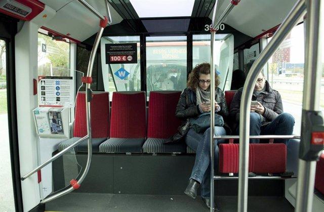 Interior d'un autobús de TMB a Barcelona