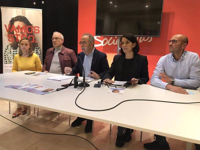"""26M.- Tres Nuevos Centros De Día Y Dos Escuelas, En El Programa De Bugallo Para Que Santiago """"Recupere"""" Posición"""