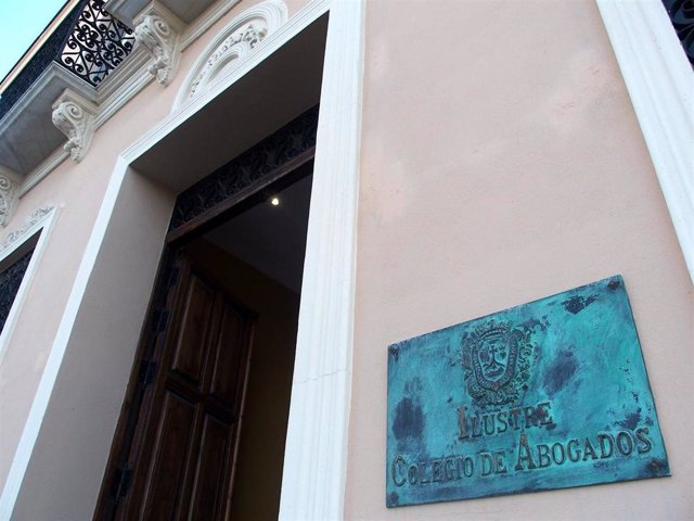 Fachada del Colegio de Abogados de Málaga