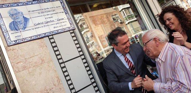 """Sevilla.- La hemeroteca municipal de Sevilla incorporará el archivo fotográfico del trianero Gabriel Sánchez """"Gasán"""""""