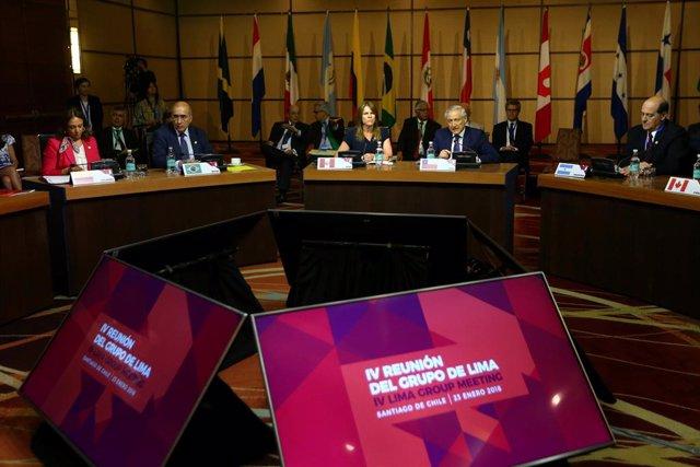 """Venezuela.- El Grupo de Lima reitera su apoyo a Guaidó y urge a los militares venezolanos a dejar de """"servir"""" a Maduro"""