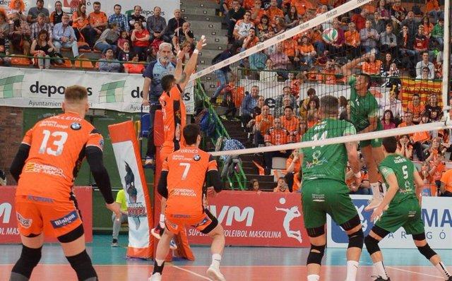 Voleibol.- El Teruel conquista su séptima Superliga Masculina