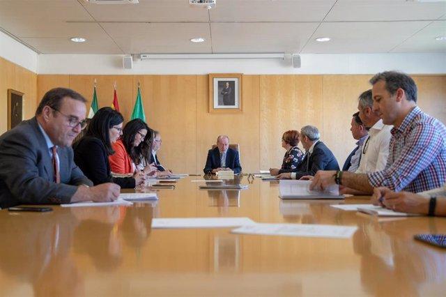 FAMP.- Villalobos anuncia que la FAMP aportará observaciones a la Ley de Coordinación de Policías Locales