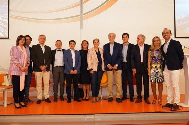 Un panel de 20 expertos cartageneros propone a Noelia Arroyo una estrategia para el futuro de Cartagena
