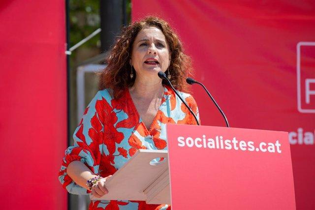 Celebración de la Fiesta de la Rosa del PSC del Valls Oriental en Montmeló, Barcelona
