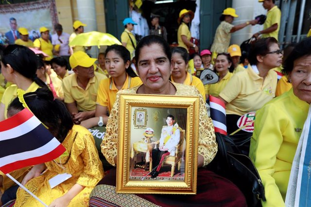 Tailandia.- El rey de Tailandia saludará este domingo a su pueblo en el desfile del segundo día de su coronación