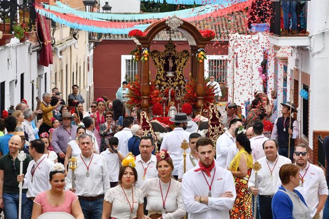 Sevilla.- Tomares celebra la Romería de San Sebastián, patrón de la localidad