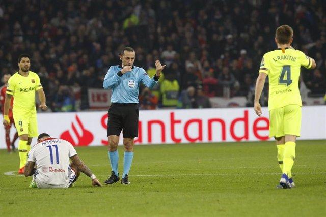 FOOTBALL - UEFA CHAMPIONS LEAGUE - 1/8 - OLYMPIQUE LYONNAIS v FC BARCELONA