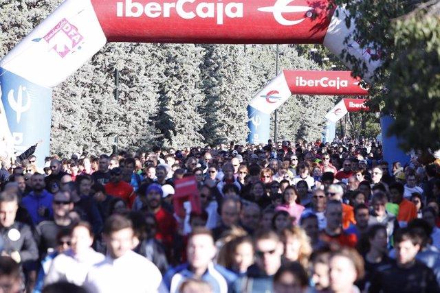 Zaragoza.- Un total de 4.000 corredores cruzan la meta de la Carrera Popular Ibercaja por la Integración