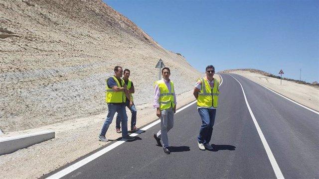El mantenimiento de las carreteras provinciales se acomete a lo largo del año.