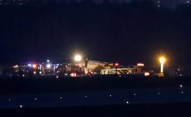 Rusia.- Los investigadores no ven una causa clara en el siniestro del avión en Moscú