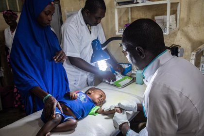 100 millones de personas al año entran en pobreza extrema por el coste de la sanidad