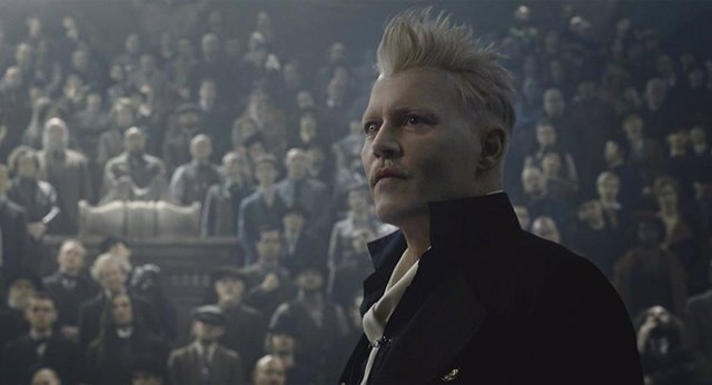 Johnny Depp en  Animales Fantásticos: Los Crímenes de Grindelwald