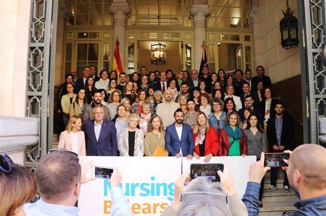 El Parlament acoge la presentación de la campaña 'Nursing Now' en Baleares