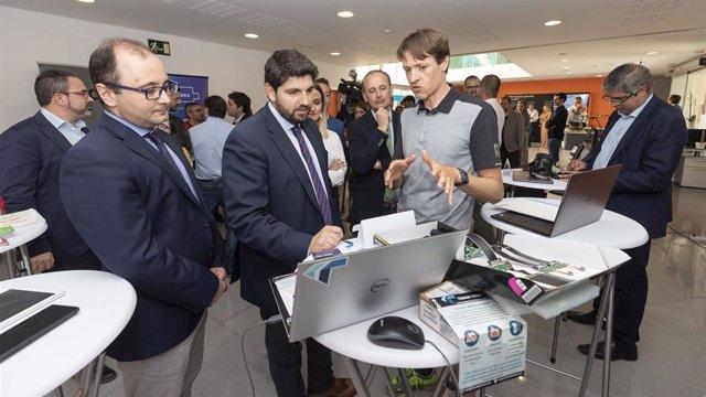 Paro.- López Miras destaca que la Región de Murcia es la tercera comunidad que más redujo el paro en abril