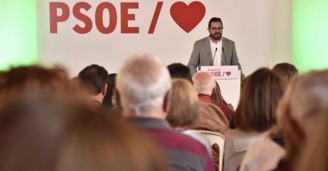 Huelva.-26M.- Rogelio Pinto, candidato del PSOE en la Palma, sitúa a la juventud como eje transversal de su proyecto