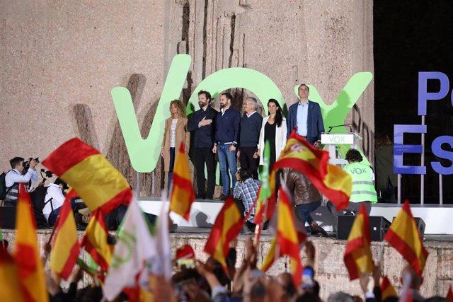 Cierre de campaña de Vox en la Plaza de Colón en Madrid