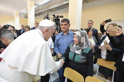 """El Papa insta a los católicos en Bulgaria a ser optimistas frente a los """"profetas de las calamidades"""""""