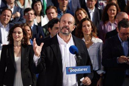 """Rollán cree que el """"atajo"""" de la publicidad en balcones de Más Madrid responde a nerviosismo por no llegar al 5%"""