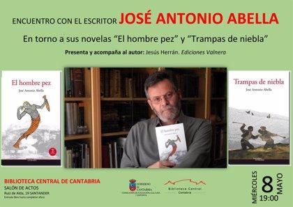 La Biblioteca Central acoge un encuentro con el escritor José Antonio Abella
