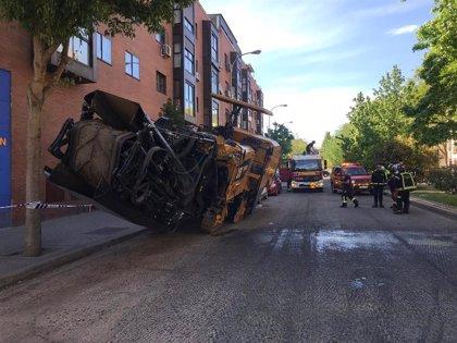 Herido grave en Madrid un operario de 39 años tras caer de una fresadora desde unos 3 metros de altura