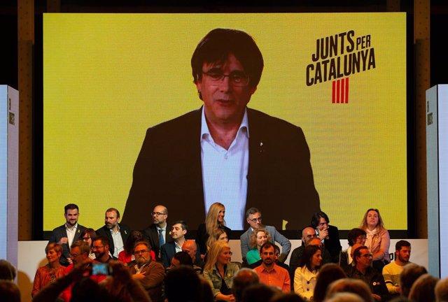 """28A.- Puigdemont avisa Sánchez que no li donaran """"cap xec en blanc"""""""