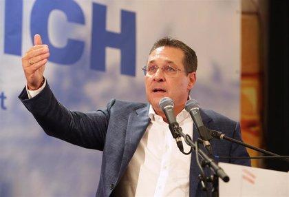 Dimite un dirigente local de la ultraderecha austriaca por difundir comentarios que cuestionan el Holocausto