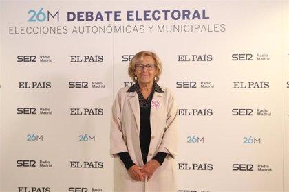 """Carmena dice que cumplen """"religiosamente"""" la ley electoral y espera poder participar en el debate de Telemadrid"""