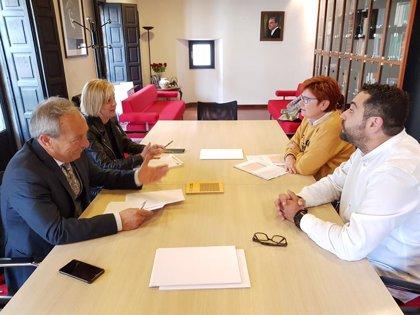 """López (PSOE) llama a trabajar """"de forma integrada y colaborativa"""" para potenciar el turismo de congresos"""