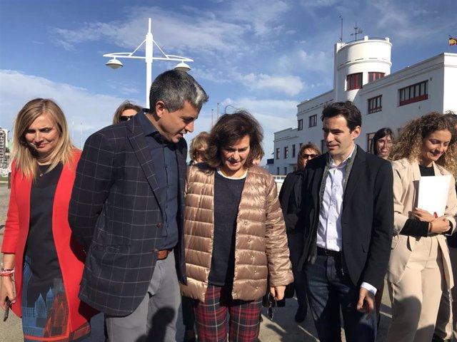 """Calvo dice que Sánchez ha pedido a Casado """"lealtad"""" en temas de Estado y que deje de """"utilizar"""" Cataluña"""
