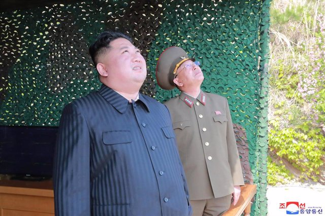 North Korea\'s Kim supervised firing of projectiles