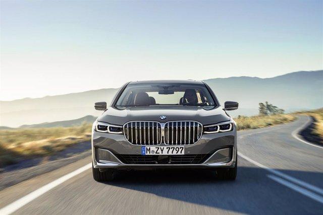 Economía/Motor.- BMW inicia la comercialización en España de los nuevos Serie 7, Serie 8 y X7