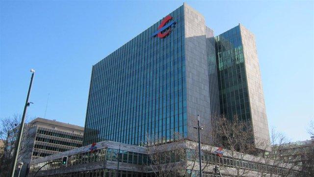 Economía/Finanzas.- Moody's confirma el rating de depósitos de Ibercaja en 'Ba3' y mejora su perspectiva a 'positiva'