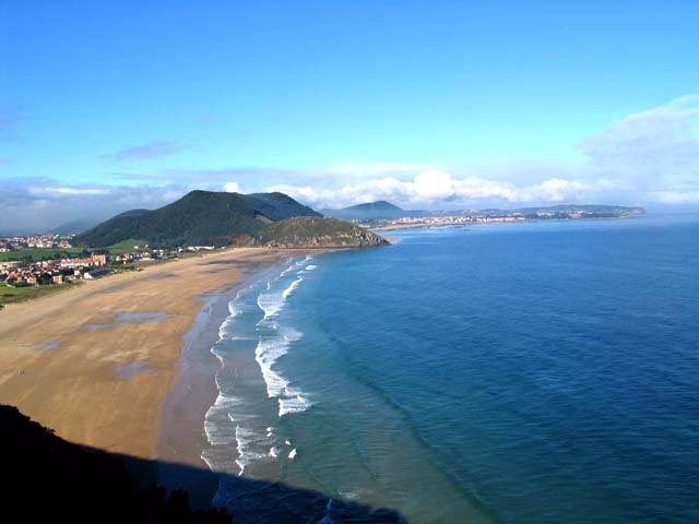 Playa De Berria, En Santoña