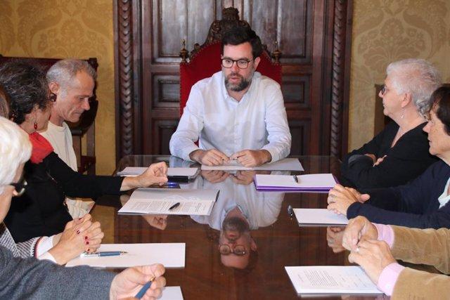 """Noguera y representantes de entidades de economía social firman un acuerdo para impulsar una economía """"más humana"""""""