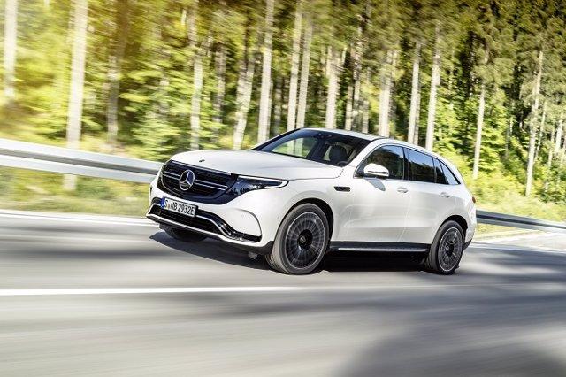 Economía/Motor.- Mercedes-Benz abre los pedidos del eléctrico EQC, que llegará en verano