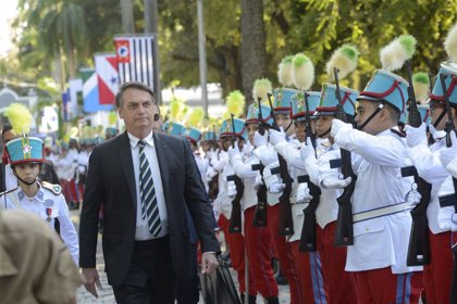 """Bolsonaro confirma que pretende construir un colegio militar en """"todas las capitales de Brasil"""""""