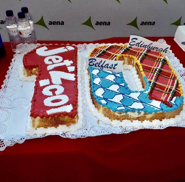 El Aeropuerto de Menorca celebra el décimo aniversario de rutas a Belfast y a Edimburgo operadas por Jet2.Com