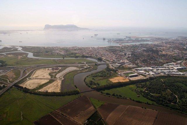 """UE.- La Eurocámara abre la puerta a cambiar a su negociador para la norma donde se alude a Gibraltar como """"colonia"""""""