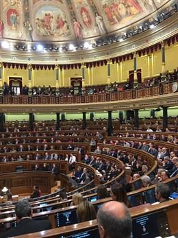 28A.- Los partidos recibirán 21.167 euros por cada escaño que logren mañana en el Congreso y en el Senado