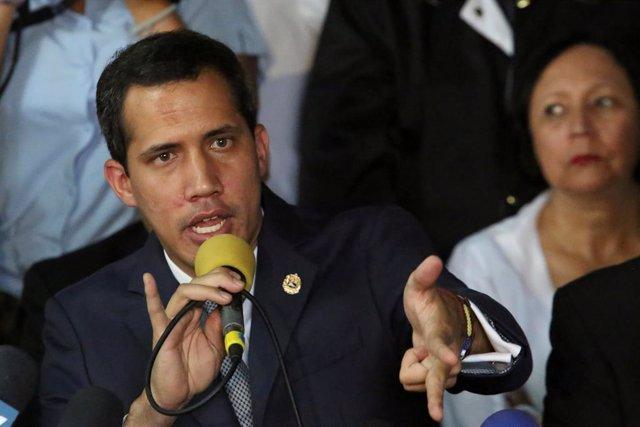 Juan Guaidó y Leopoldo López ofrece una rueda de prensa en Caracas