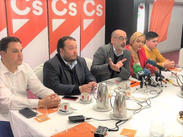 26M.- Álvarez Propone Fusionar ICAF Y Sodercan Y Una 'Ley Antidedazo' Para Las Empresas Públicas
