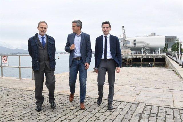De la Encima dice que Interior aumentará la seguridad en Santander y otros puertos afectados por polizones