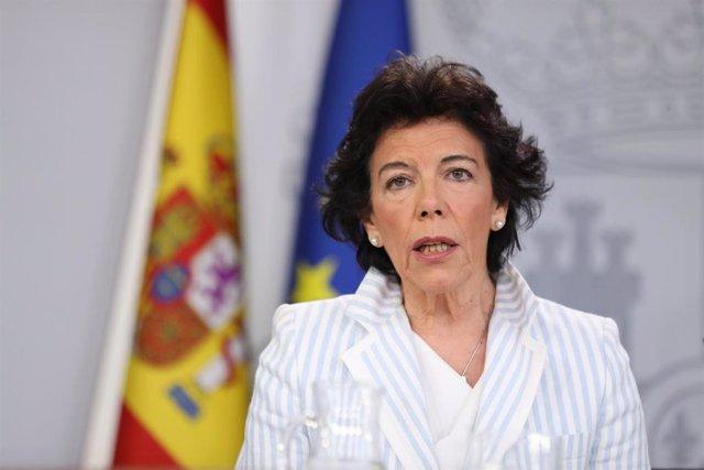 """VÍDEO: El Gobierno enviará esta tarde a Bruselas el Plan de Estabilidad con datos """"muy positivos"""""""