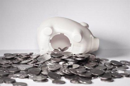 La mitad de las familias con un sueldo no llega a la plena integración social, según Cáritas