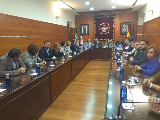 Málaga.- Tribunales.- Oposición en Alhaurín el Grande pide anular decreto que lleva a mayo el pleno de moción de censura