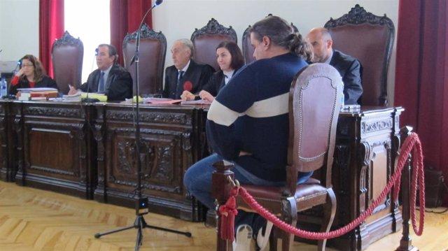 AV.- La Audiencia de Toledo dicta prisión permanente revisable para el acusado d