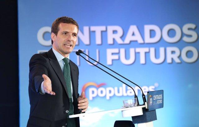AM.- Casado avisa que Rivera pot pactar CCAA amb PSOE perquè no se li allarguin 4 anys en una oposició que no lidera